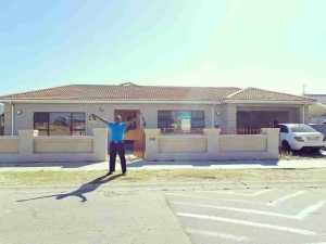 Heavy K Shows Off The Mansion He Got For His Dad (Photo)